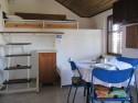 Apartman 9 – je naš najprostraniji smještaj. Sadrži spavaću soba sa bračnim krevetom, kupatilom i kuhinjom sa trećim ležajem i ležajem za dijete (dime